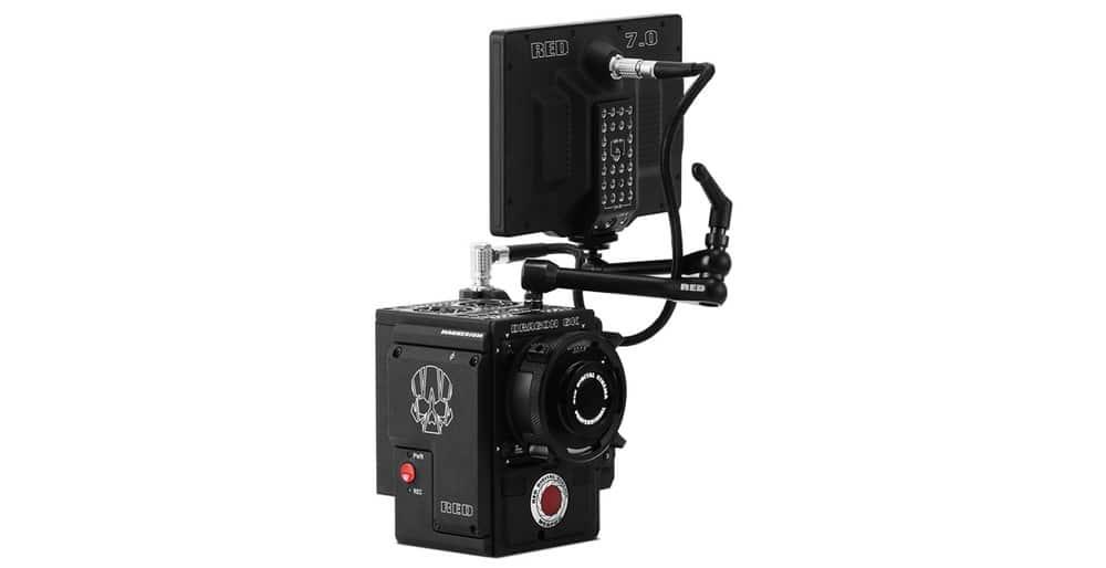 Der RED Pro Touch 7.0'' LCD, montiert auf eine Kamera.
