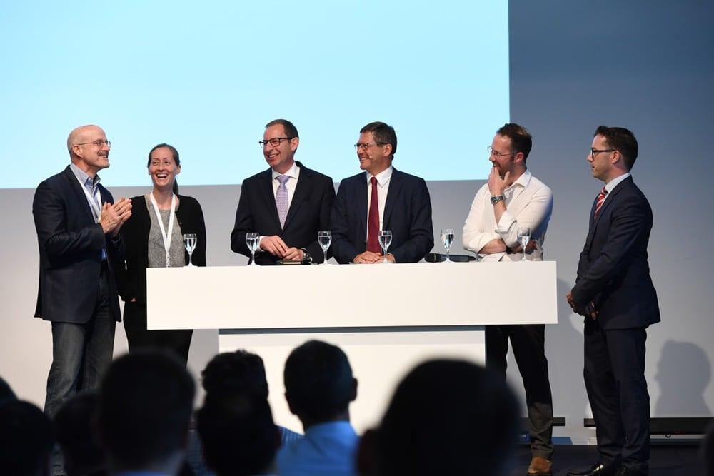 Experten beim Zeiss-Symposium: David Bohn, Professor Laura Waller, Dr. Stefan Kampmann, Professor Michael Kaschke, Professor Ingmar Posner, Dr. Jochen Peter (vlnr)
