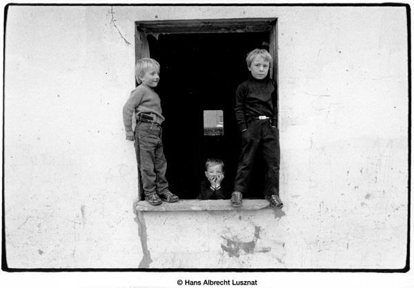 Bild aus der Ausstellung Meinschenkinder