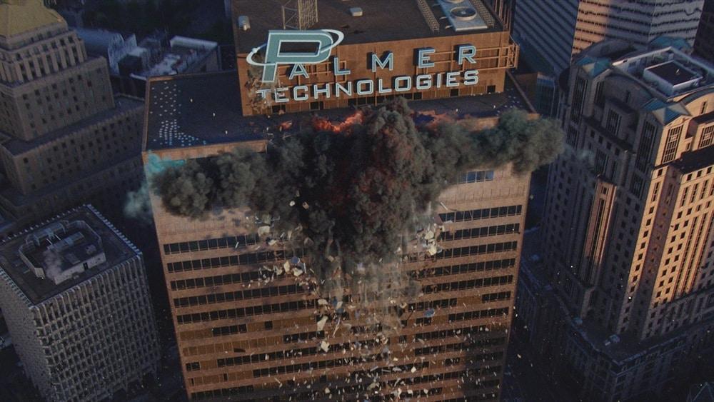 Typischer digitaler Effekt, hier ein teilweise einstürzendes Gebäude.