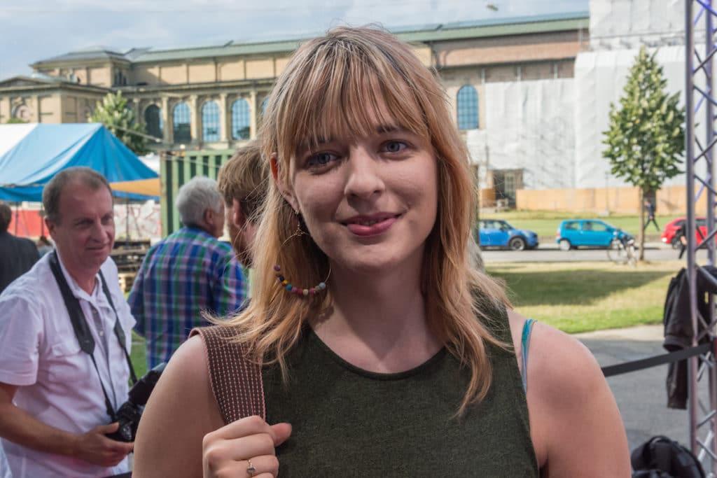Viola Schmidtm studiert Drehbuch.