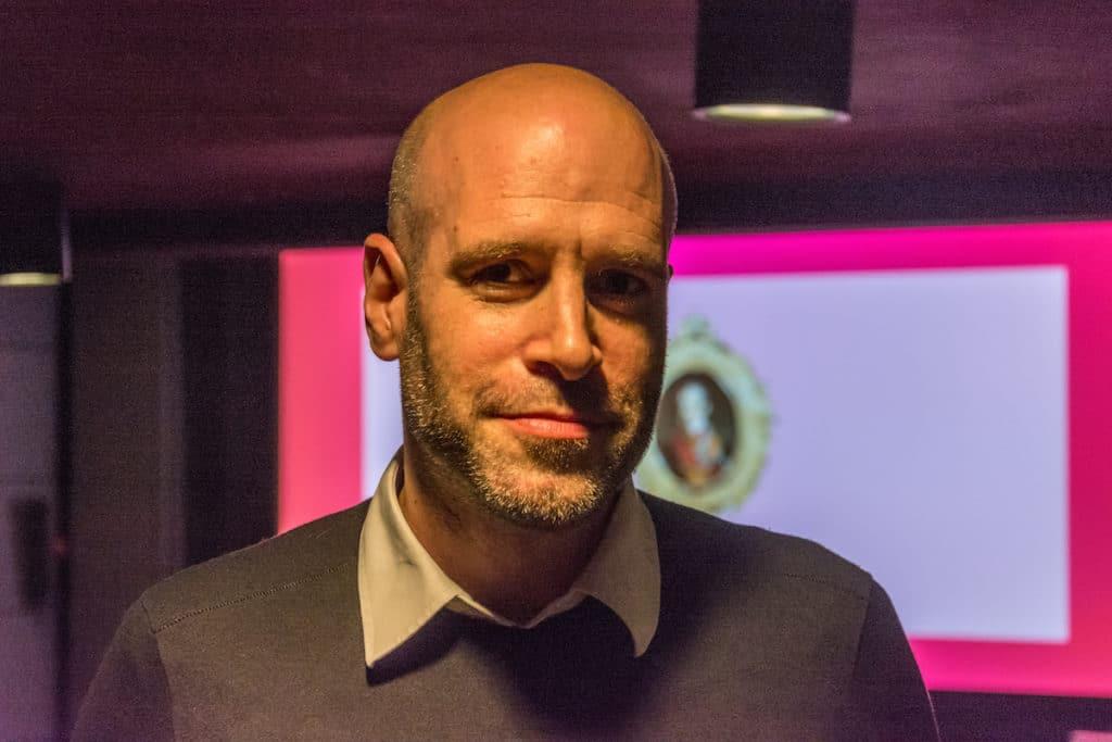Professor Henning Patzner lehrt Werbefilm.