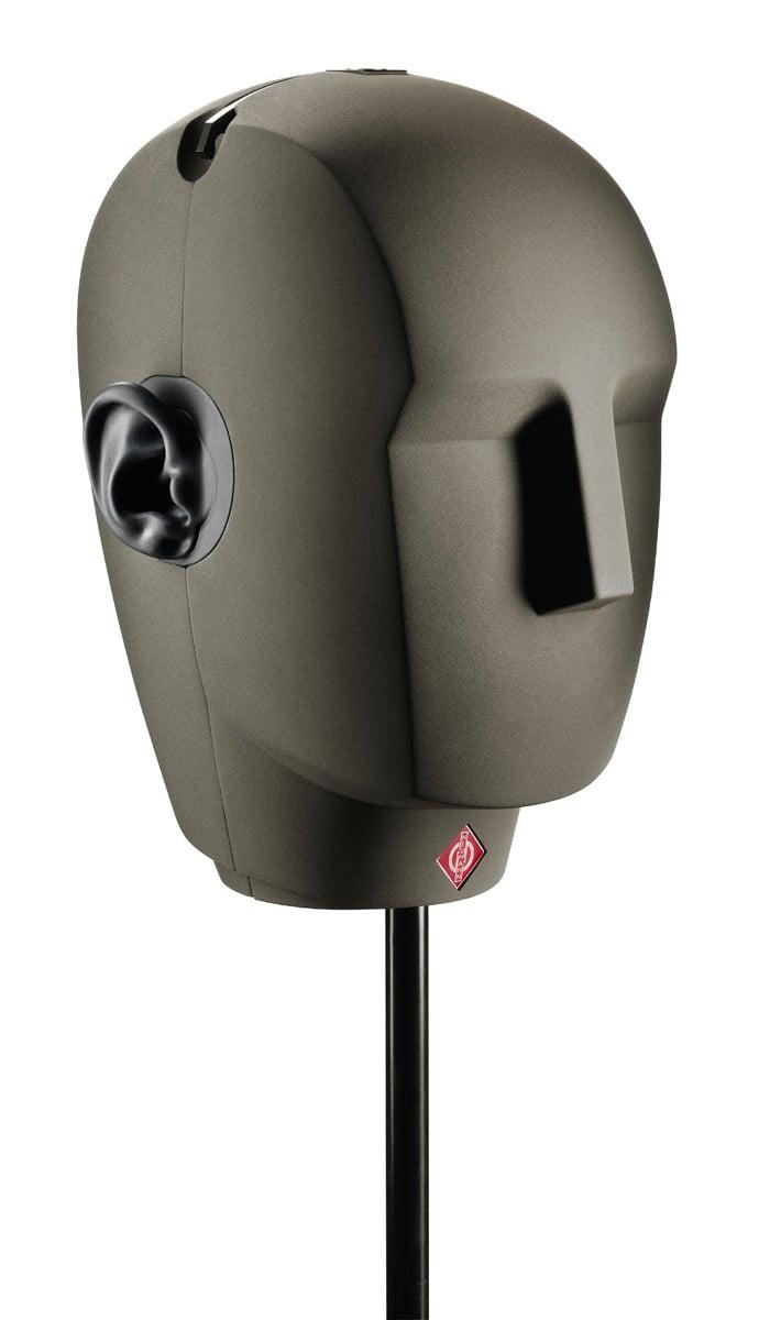 Der Kunstkopf KU 100 von Neumann für binaurales 3D-Audio.