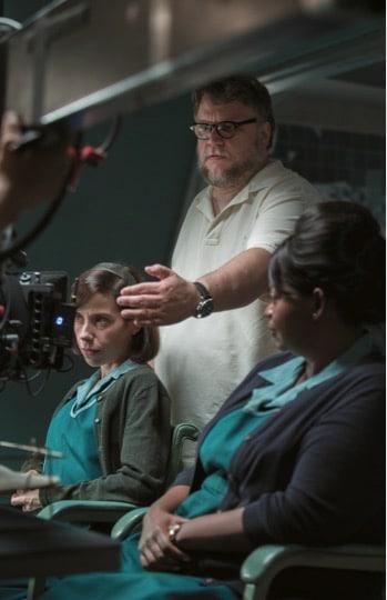 Starke, visuelle Handschrift: Regisseur und Autor Guillermo del Toro mit Sally Hawkins (links) und Octavia Spencer.
