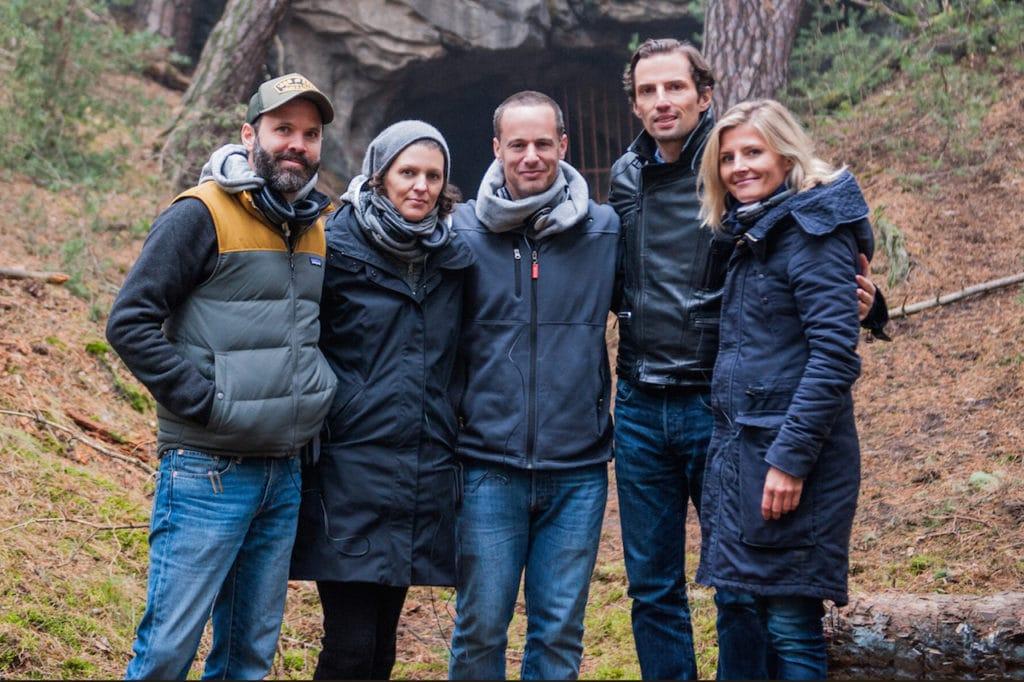 """Sie machten """"Dark"""" möglich: Regisseur Baran Bo Odar, Autorin Jantje Berg, Vice President International Originals bei Netflix Eric Barmack, Produzent Qurin Berg und Produzentin Justyna Muesch."""