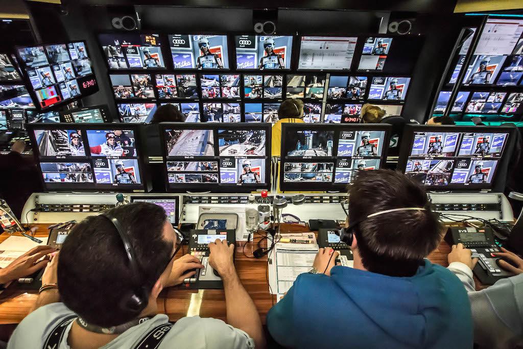 Bildregie und Slo-Mo-Arbeitsplatz im Ü7 von TV Skyline
