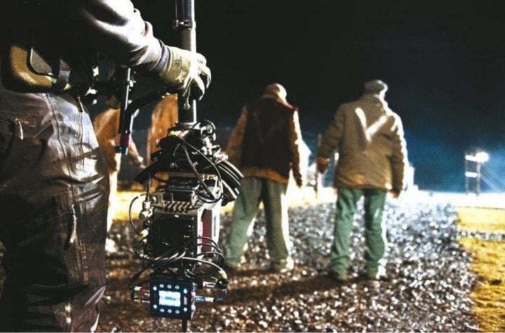 Nachtszene im Lager: ARRI Alexa im Low Mode an der Steadicam.